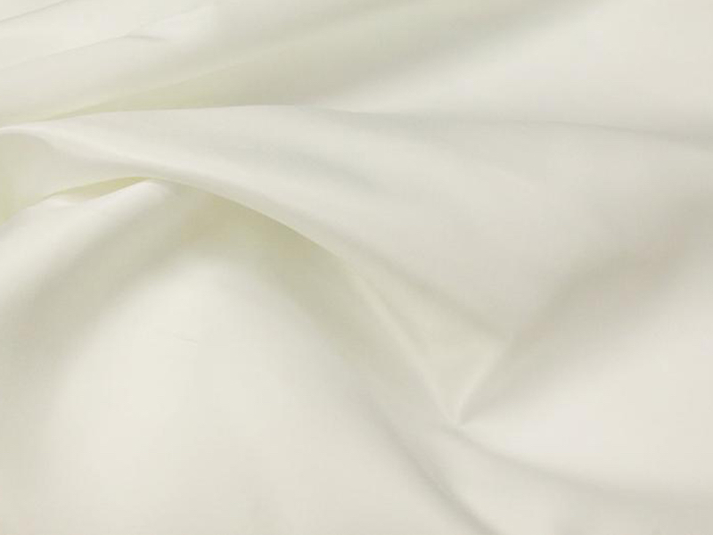 Ivory Lamour Satin Table Cloth